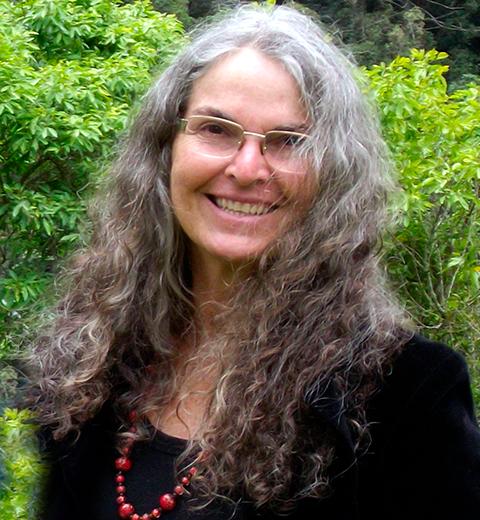Angela Carneiro